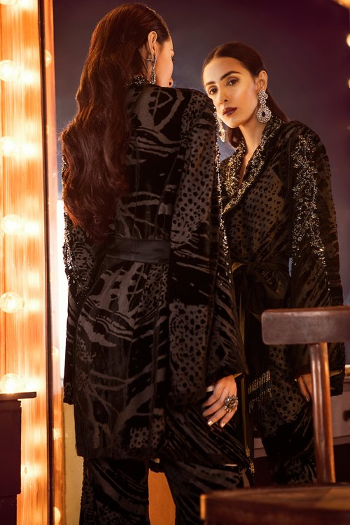 Product elan kamal beverly hills luxury pret black velvet plush madame 3 1024x1024 2x